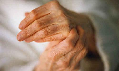 Хрустят суставы, что делать и как лечить неприятный хруст в суставах.