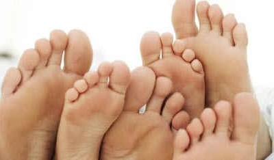 Что делать, чтобы не потели ноги?