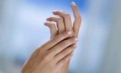Немеют пальцы рук, что делать?