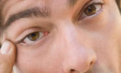 Что делать, глаз дергается